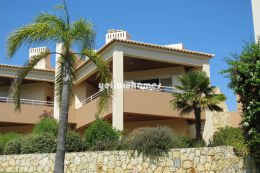 2-bed first floor apartment at a famous Golf Resort...
